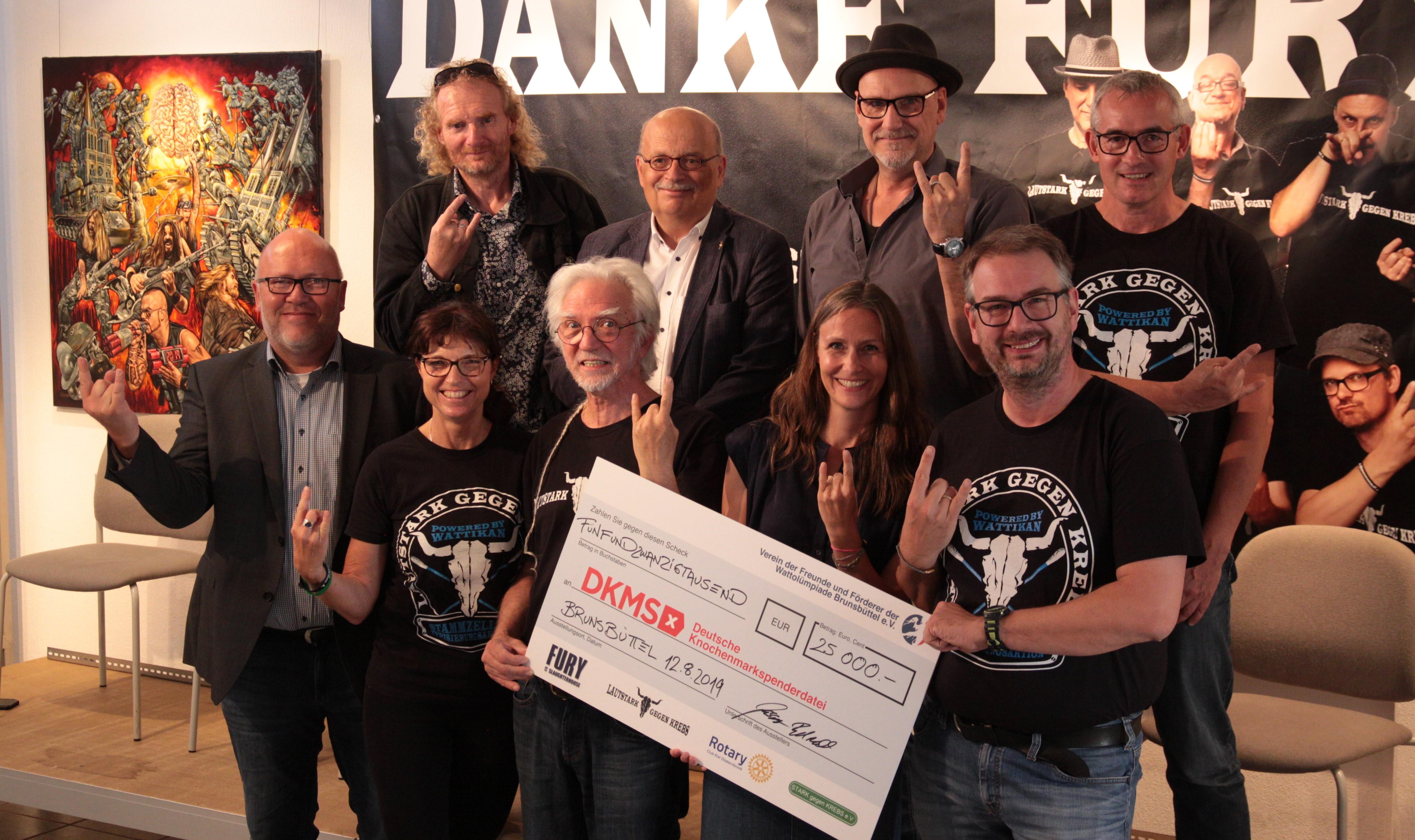 Wattikan übergibt 25.000 Euro an die DKMS